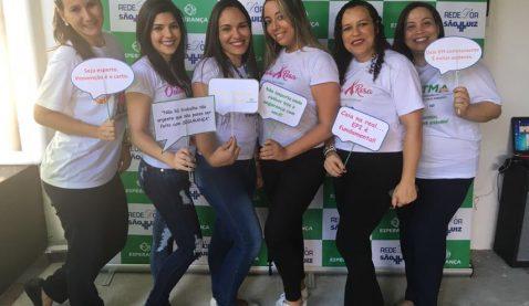 Alunas de Radiologia promovem Outubro Rosa em hospital
